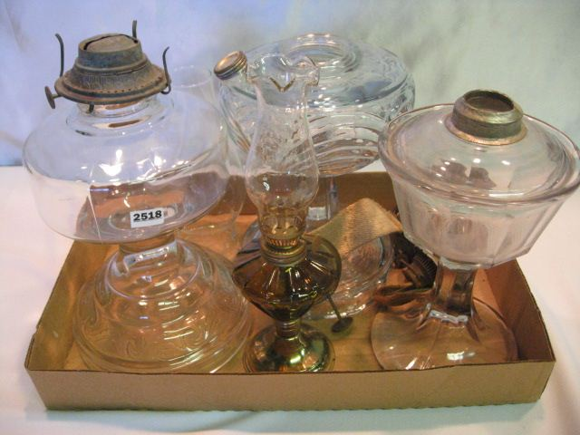 Assorted Oil Lamp Bases & Parts