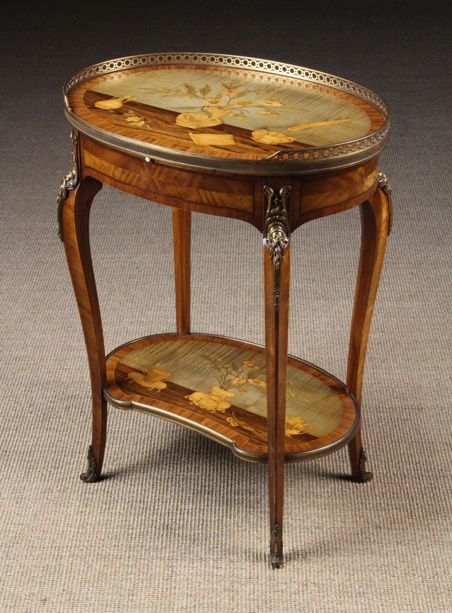 A small 19th century marquetry table ambulant with writing s for Th 37px60b table top stand