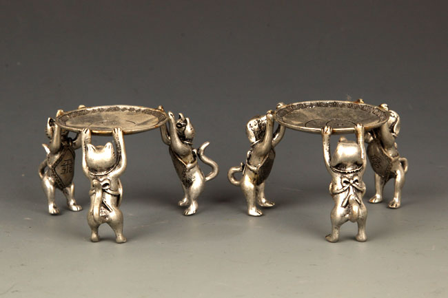 PAIR OF THREE DOG SILVER PLATED STAND