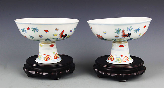 A PAIR OF HIGH FOOT DOUCAI CUP