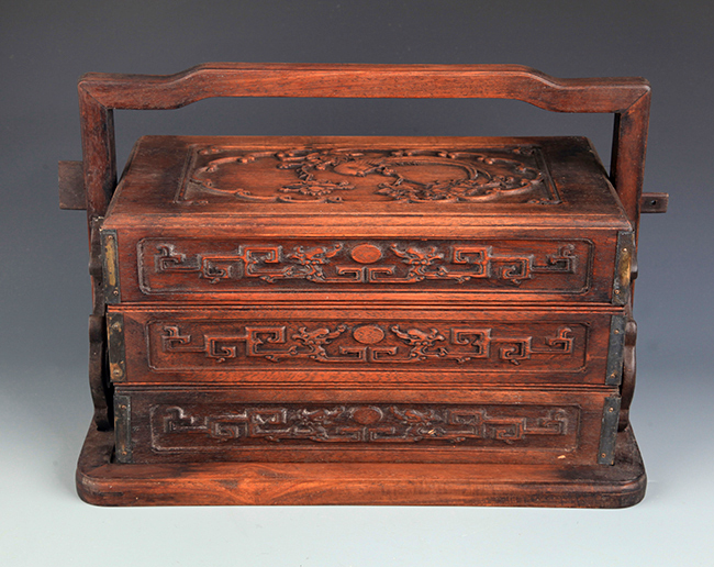 A FINELY CARVED HUANG HUA LI MU LUNCH BOX