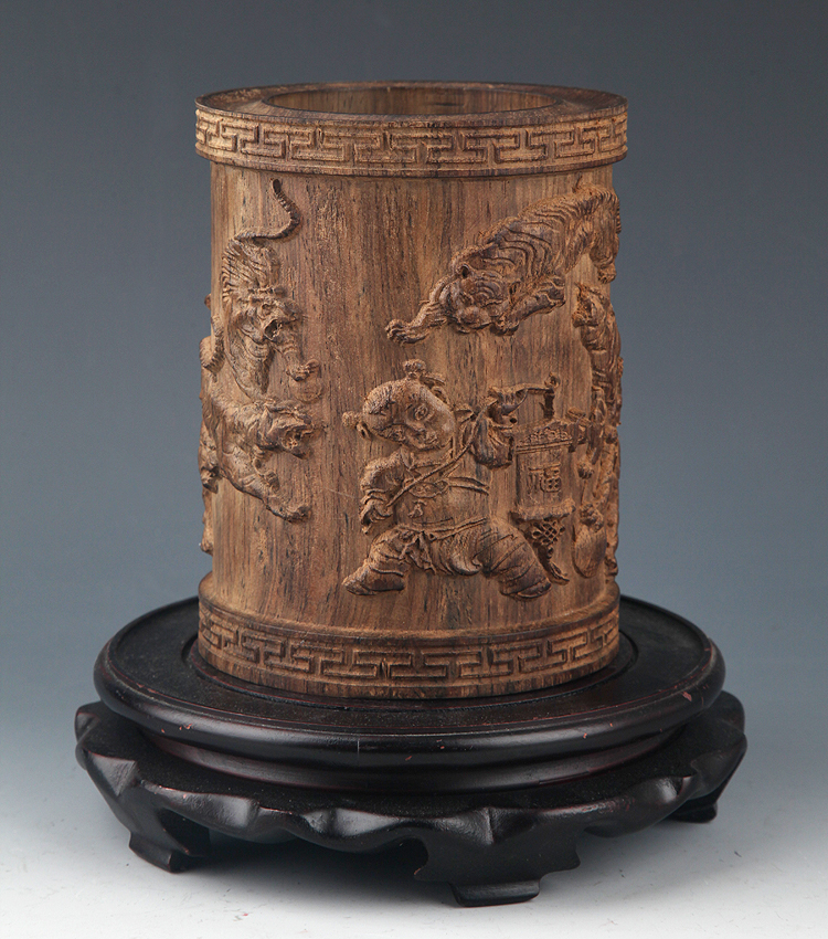 A FINELY CARVED AGAR WOOD BRUSH POT