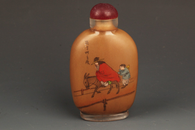 A FINELY PAINTED CRYSTAL SNUFF BOTTLE