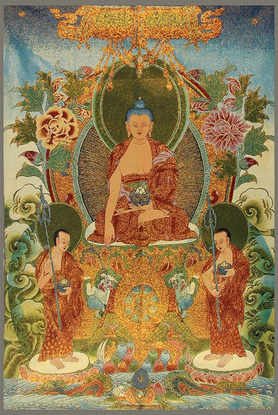 A FINE BHAISAJYAGURU BUDDHA ON CHINESE TAPESTRY