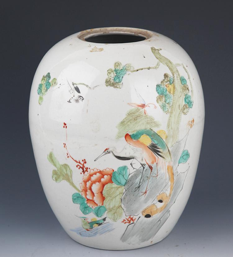 A FINELY BIRD PAINTING SMALL PORCELAIN JAR