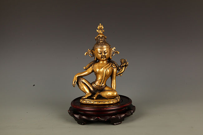 A FINELY CARVED INDRA BRONZE BUDDHA FIGURE