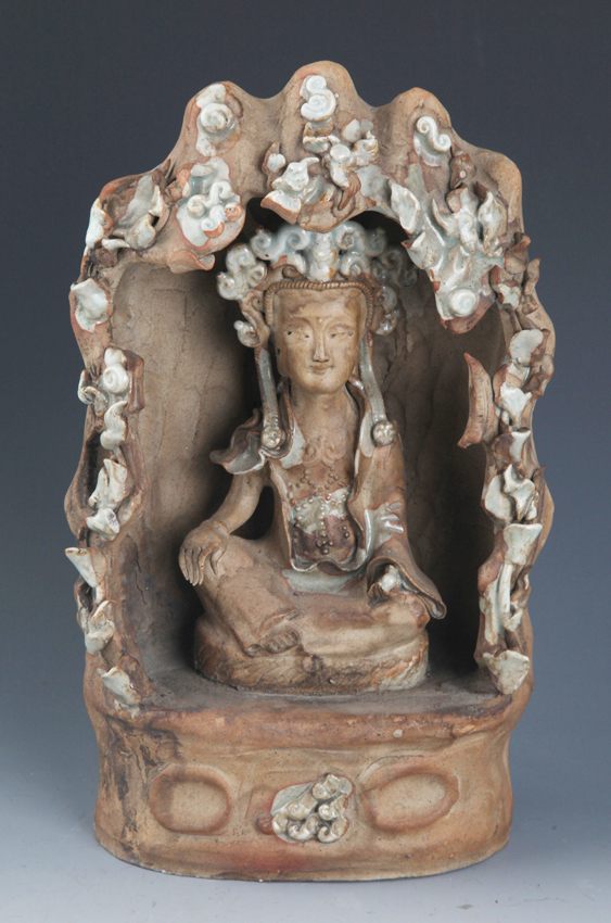 FINE PORCELAIN GUAN YIN MODEL,