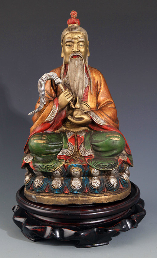 A COLORED AND FINELY CARVING BRONZE FIGURE