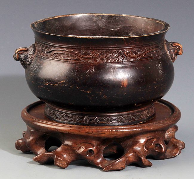 A DOUBLE LION EAR CARVING BRONZE CENSER
