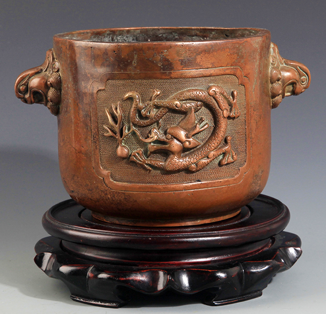 A DRAGON CARVING BRONZE CENSER