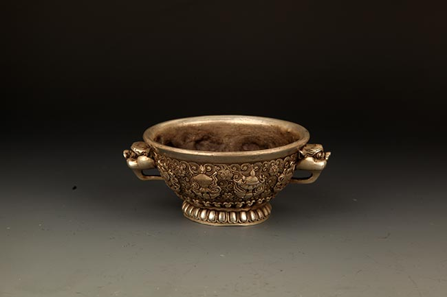 A FINELY CARVED DOUBLE EAR BRONZE CENSER
