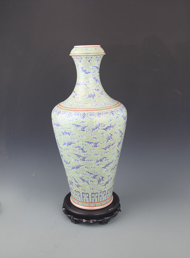 A TALL CELADON COLOR PORCELAIN BOTTLE