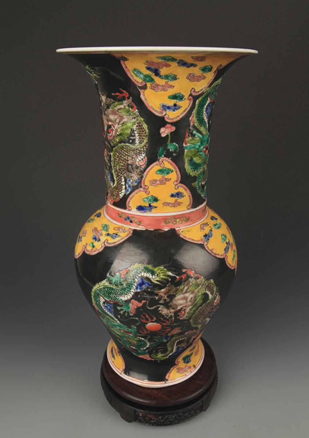 BLACK GROUND FAMILLE VERTE DRAGON PAINTED VASE