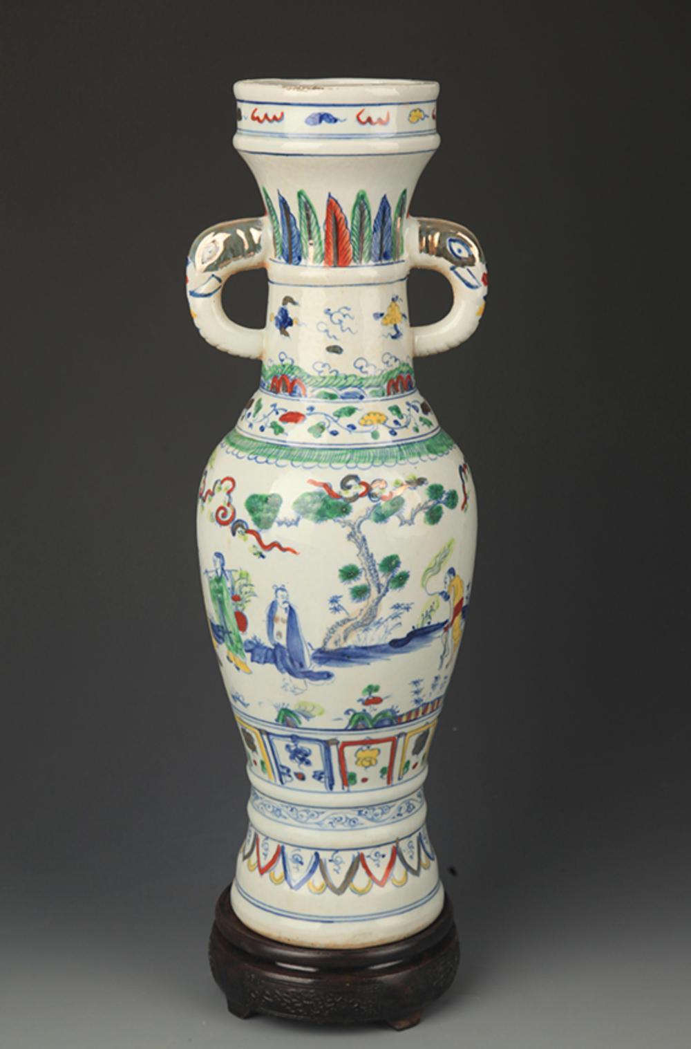 A TALL DOUCAI COLOR ELEPHANT EAR VASE