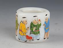 A FINELY CHILDREN CARVING GLASS THUMB RING