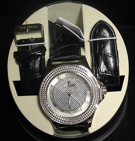 Men's Very Fancy Ice Maxx Watch with exchangable Leather Strap. (421J)