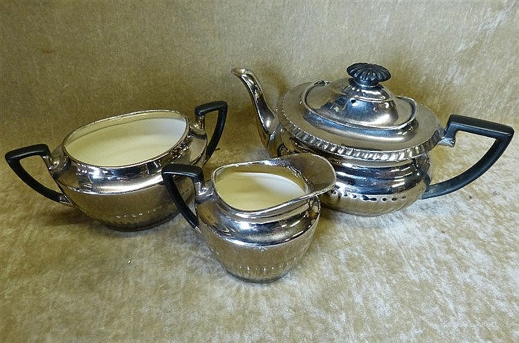 A Crown Devon Fieldings 3-Piece Silverine Service comprising Teap