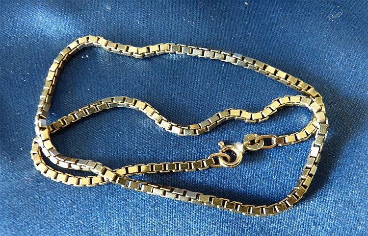 A 9ct Gold Square Linked Chain 38cm long, 13.4gms