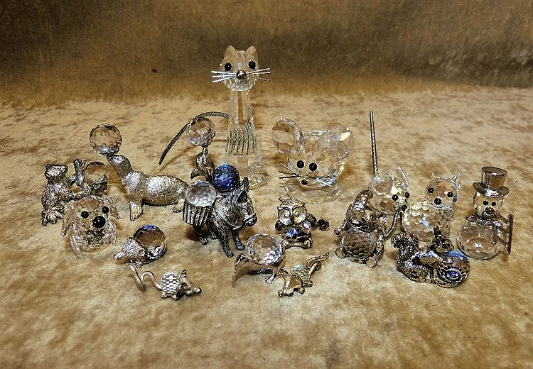 17 x Swarovski Crystal and Metal Figures of various animals (3 in