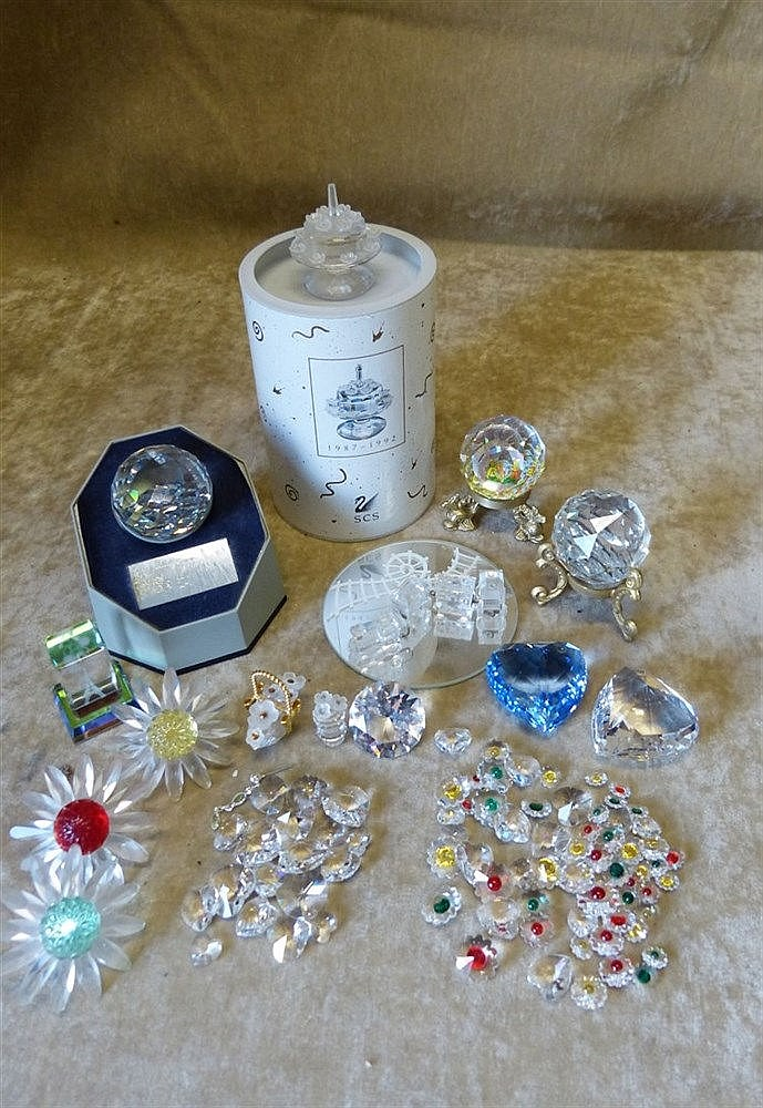 A Quantity of Various Swarovski Crystal Flowers, Paperweight, Tra
