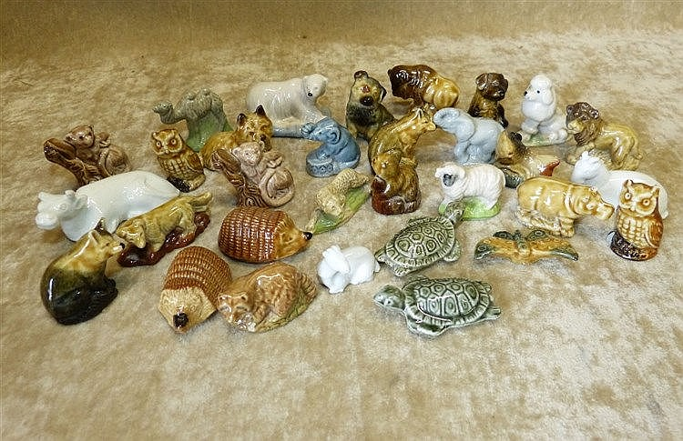 31 Wade Whimsies and other china animals (31)
