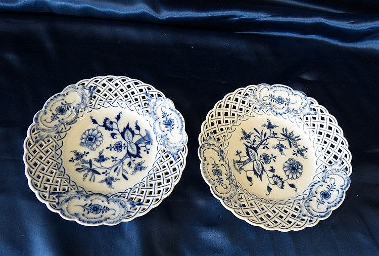 A Pair of Meissen Round Scalloped Ribbon Plates on blue and white
