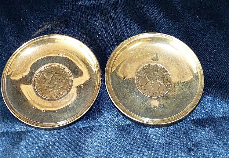 2 Modern London Silver Round Dishes both inset with coins, overal