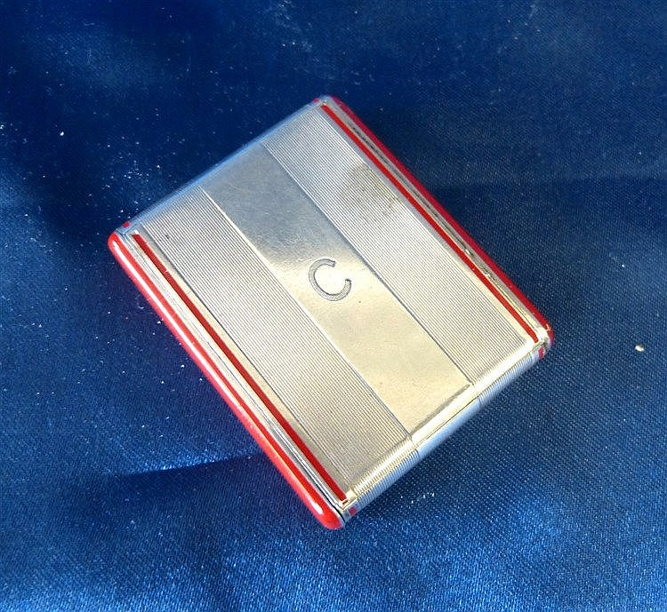 A Continental 900 Silver and Silver Gilt Art Deco Style Compact h