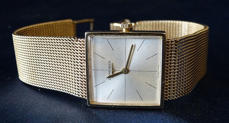 A Gentlemen's Longines 9ct Gold Square Faced Wrist Watch with mat