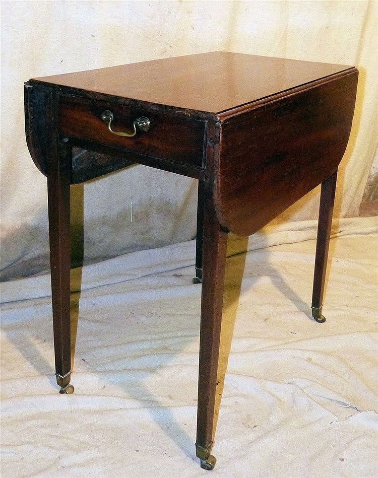 A 19th Century Mahogany Pembroke Table having single drawer, D-En