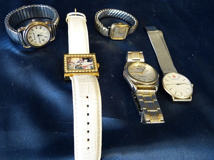 5 Various Modern Wrist Watches