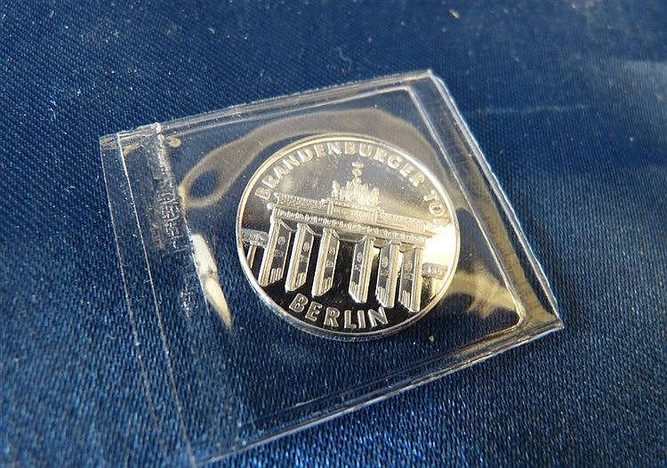 A Small 750 Jahre Berlin 1987 Coin