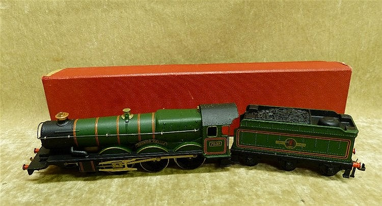 A Hornby Dublo 2220 Locomotive and tender