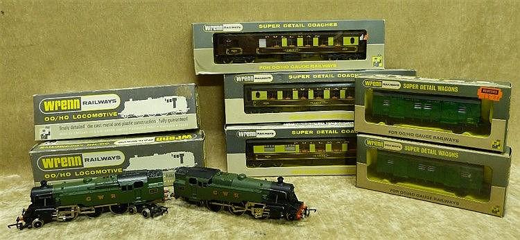 2 Wren 00 Gauge Locomotives W2220 2-6-4 Tank both boxed, also 5 W