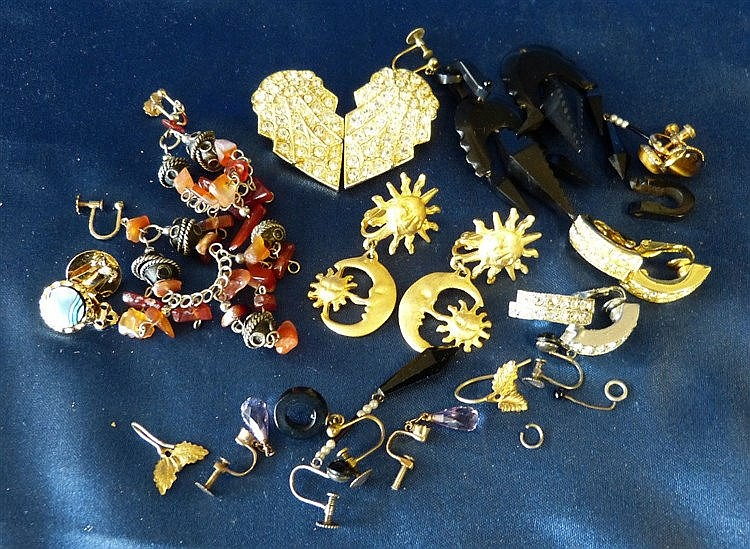 A Small Quantity of Various Earrings