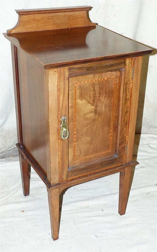 An Edwardian Mahogany Bedside Cupboard having inlaid banding and
