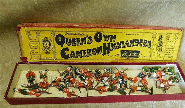 A Set of Britians Lead Soldiers, Queens Own Cameron Highlanders w