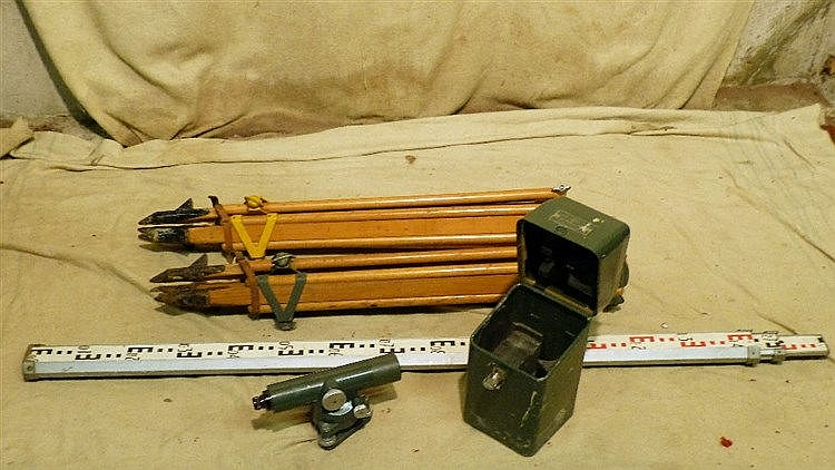 A Hilger and Watts Autoset Level Theodolite, boxed, also 2 foldin