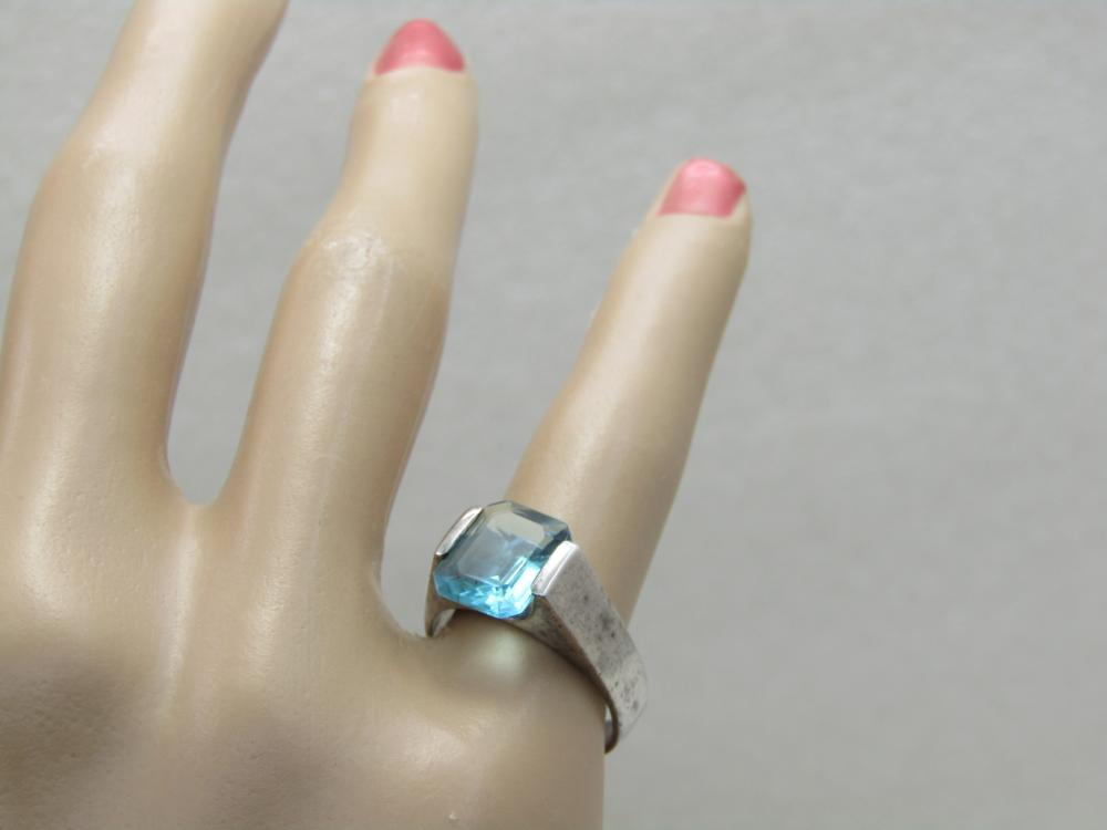 Vintage Sterling Silver Emerald Cut Blue Stone Ring, Sz. 6.5 - photo#3