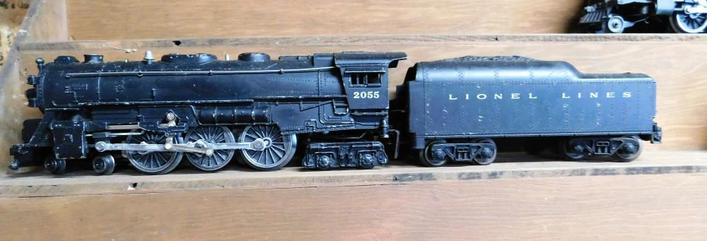 Lionel 2055 engine w/coal car