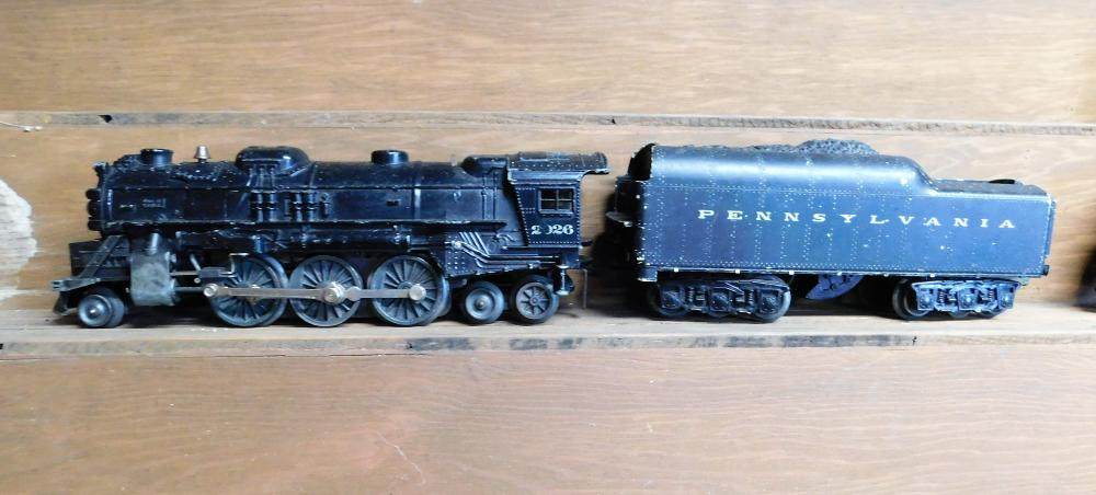 Lionel 2026 engine w/ Pennsylvania coal car