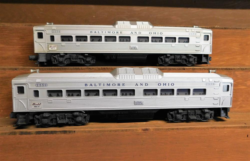 Lot 14: Lot of 2 Lionel 2559 Baltimore and Ohio Passenger Cars