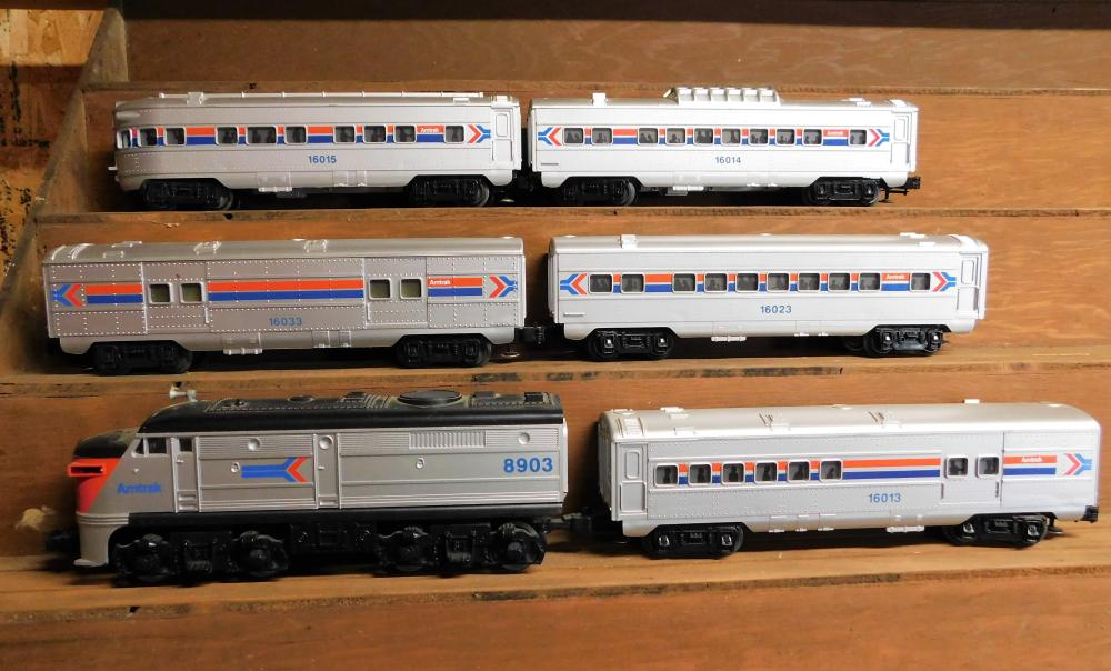Amtrak 8903 engine with 5 passenger cars