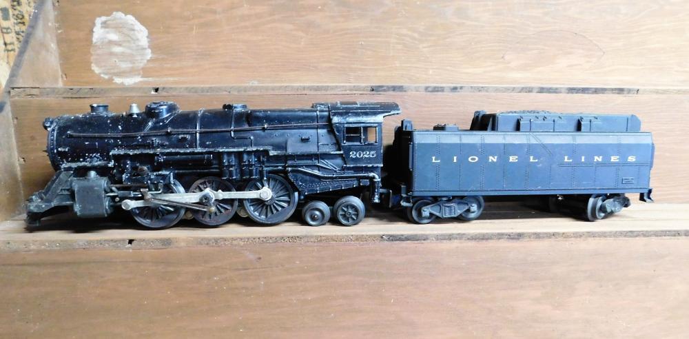 Lionel 2025 engine w/tender