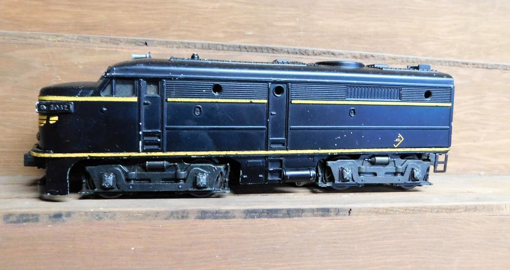 Lot 40: Lionel 2032 diesel engine