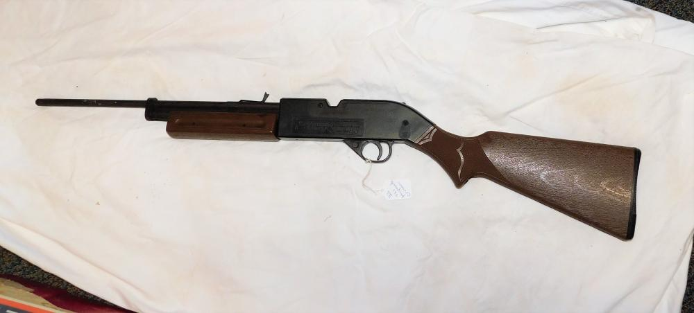 Lot 67: Crossman Air guns 760 pumpmaster .177 cal pellet