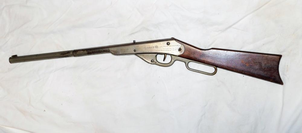 Lot 75: Daisy Model H 1908 single shot lever action bb gun