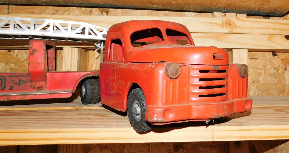 Lot 105: Structo Fire Truck