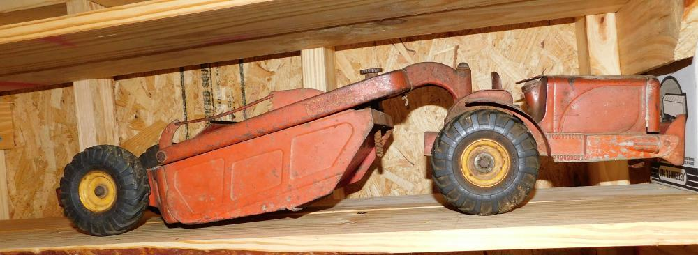 Heiliner earth mover