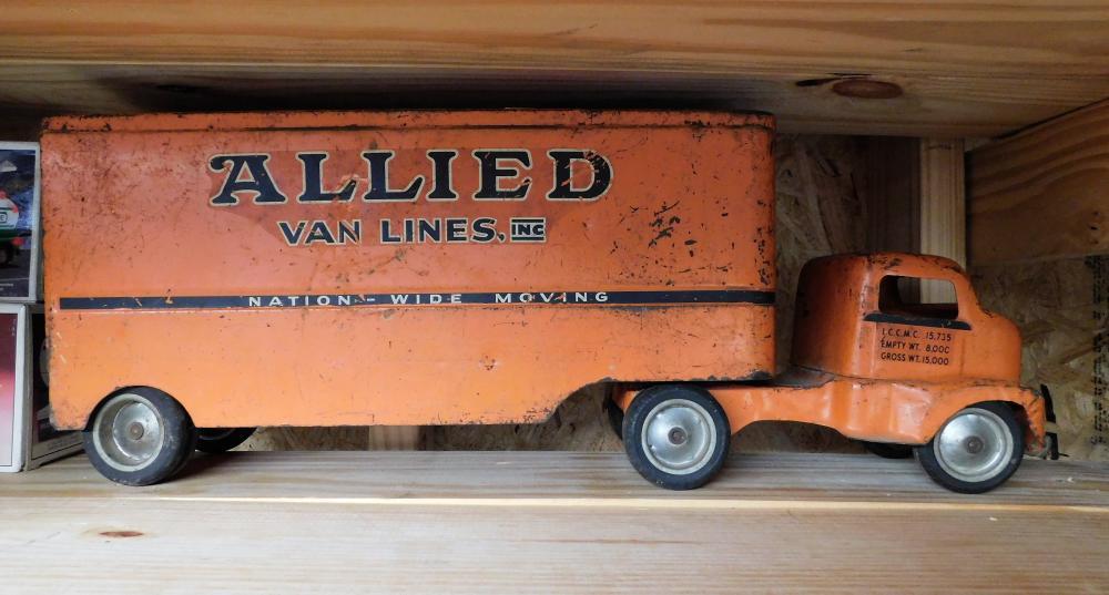 Allied Van Lines moving truck--1950's missing back door